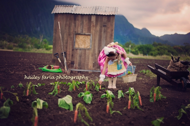 Beatrix Potter, Peter Rabbit, photo shoot in Waimanalo, Hawaii