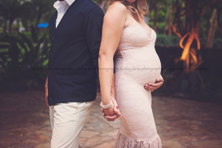 hale koa maternity photographer