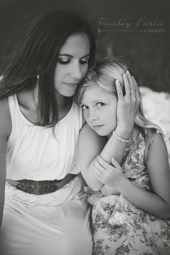 sweet mother and daughter photograph